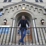United Way Feature.    Mardy Yager, Manager of Fund Development at Marymound. He helps with the sexual abuse treatment program for vulnerable children, which United Way funds.   Jessica Botelho-Urbanski  story   Wayne Glowacki / Winnipeg Free Press Nov. 18   2015